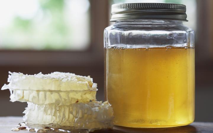 corbis-honey-large