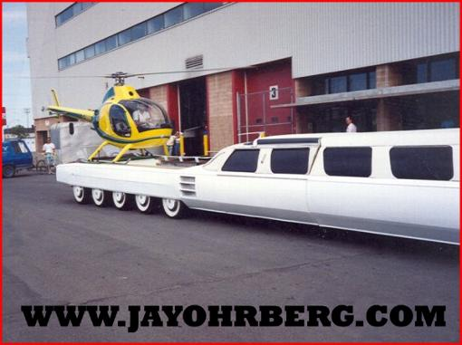 _wsb_510x381_100+foot+limo+with+helicopter